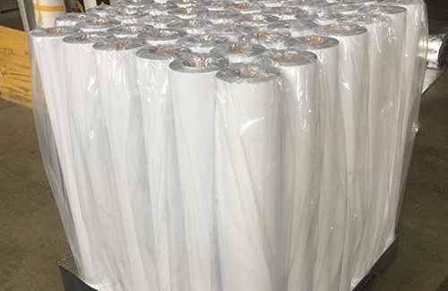 Puncture resistance moisture barrier roll film for heavy machinery vacuum packaging